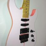 The Pink Strat - Detail